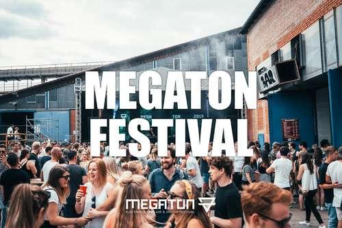 Megaton Festival Bus